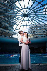 Tal & Ofer wedding (ErniePhoto) Tags: wedding kiss kissing boda piscina beso casamiento swimingpool  jorysz ernestophotography