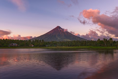 The Red Mayon (arcreyes [-ratamahatta-]) Tags: sunset red reflection water landscape outdoor philippines mayon 2016 legazpi albay sumlanglake