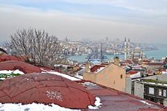 Old City (yonca60) Tags: roof sea snow seascape tower turkey landscape scenery cityscape view minaret istanbul mosque vista oldcity masjid imagen paisage galata manzara galatabridge galatakoprusu  eminonu yenicami galatatower buyukvalidehan newmosqueistanbul