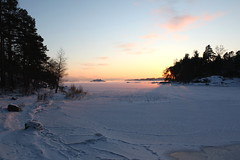 Freezing Baltic Sea (Henri Koskinen) Tags: sea ice finland helsinki talvi meri maisema jää uutela lanfscape merimaisema 07012016