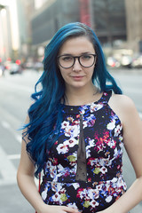 Feeling blue (Vicinio) Tags: blue portrait sexy girl hair glasses avenida dress retrato hipster paulo avenue sao alternative paulista