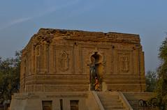 Tomb of Sheikh Sadan Shaheed Muzaffargarh (TARIQ HAMEED SULEMANI) Tags: travel tourism trekking nikon shrine sensational tariq supershot sulemani tomps tariqhameedsulemani muzafargharh