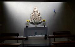 Side Chapel (IanAWood) Tags: urban stpancras walkingwithmynikon lbofcamden nikkorafs28mmf18g nikondf