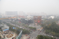 """IMG_3516 Beijing """"Sanlitun village"""" shopping area wrapped in air pollution (Jordan Pouille JOURNALIST) Tags: china city sky urban buildings mall shopping design town smog construction air beijing ciel commercial pollution stores sanlitun ville chine taikoo urbain boutiques pkin magasins btiments commerces"""
