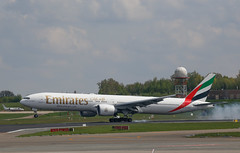 Emirates Boeing 777-300ER at Brussels Airport (Quixoticguide / www.quixoticguide.com) Tags: emirates ek bru dxb brusselsairport b777300er a6egf