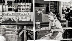 Chica austriaca (Jos E.Egurrola/www.metalcry.com) Tags: wien park trip viaje parque people sexy byn blanco girl beauty wheel statue austria amusement nikon chica gente cathedral cityhall circus jose negro hans kathedrale catedral ciudad ferris blonde ferriswheel amusementpark townhall rudolf es parlament viena rathaus osterreich crepes cupula esteban prater cartel ayuntamiento bavarian noria atracciones citycouncil advise parquedeatracciones towncouncil parlamento d300 roncalli sexygirl centroeuropa 2011 stadtrat hauptkirche beautu weyr egurrola stadpark circusroncalli rudolfweyr jasonmirandes joseestebanegurrola parquestadpark