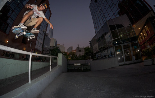 Rafael Galaz - Flip Fronside Over Rail