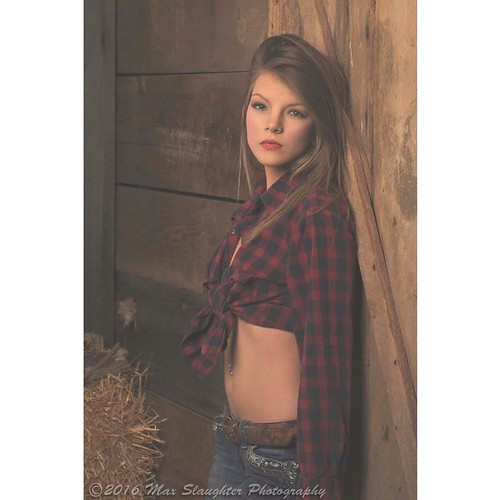 Amber brought Tatum along as her escort and we had to grab some shots of this gorgeous lady. #blonde #beauty #gorgeous #studio #sweetheart #awesome #barn #nikon #d800