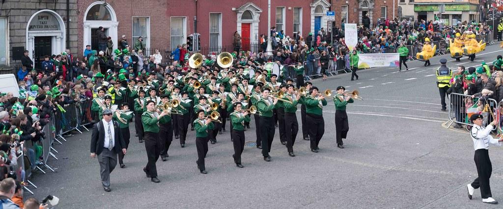 John F. Kennedy High School (Shamrock Regiment), California [St. Patrick's Parade 2016]-112646