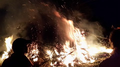 """Osterfeuer-2016-10 • <a style=""""font-size:0.8em;"""" href=""""http://www.flickr.com/photos/124557429@N02/26004571102/"""" target=""""_blank"""">View on Flickr</a>"""