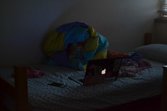 93/365: Time of Day (foanmoan) Tags: light dark evening bed bedroom laptop sheets messy