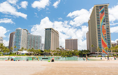 Beautiful day in paradise. (Sileong) Tags: beach hawaii paradise diamondhead honolulu