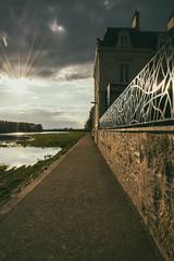 Fuite (ALX-PHOTOGRAPHIE) Tags: sunset analog vintage soleil coucher retro loire argentique fuite
