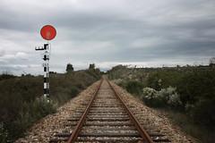 SA1 de Castelo de Vide (Tiago Alves Miranda) Tags: portugal track via signal railways cvd semaphore sinal distant linha figura castelodevide caminhodeferro avanado ramaldecceres paragemdiferida tiagoalvesmiranda deferredstop infraestruturasdeportugal