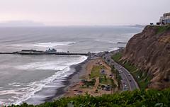 3Angle - Sea, Land, Sky (kud4ipad) Tags: ocean park peru landscape pacific kodak horizon miraflores 2013