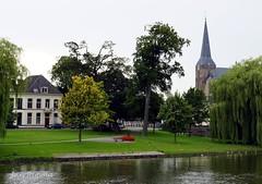 Kampen - Bovenkerk - De la Sablonirekade (Jan Rijpma) Tags: de la jan kade nederland boom kerk dronten kampen stad ijssel overijssel 2012 rijpma sabloniere