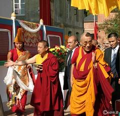 SSDL et Lama Gyourmé , même geste accueil