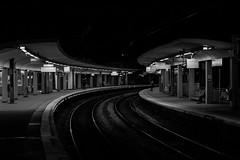 Gare de Bourg la Reine_9517bis3 (::nicolas ferrand simonnot::) Tags: street light white black france station train dark photography 50mm la gare pentax f14 f56 smc reine | bourg 2016