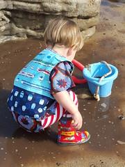 Playing in the mud (quinn.anya) Tags: playing bucket toddler sam mud totland