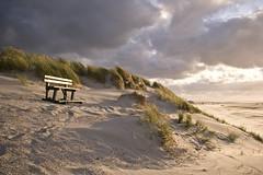 (Arend Jan Wonink) Tags: sunset clouds bench zonsondergang noordzee ameland friesland bankje frysln noordzeekust oegepad