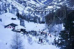 fun! (thecodemaker) Tags: blue winter snow alps clouds switzerland zermatt matterhorn alpi nori elvetia iarna albastru zapada nikond80