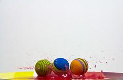 Pelotas (www.pablotipo.cl) Tags: agua colores pelotas verdes blancos rojos lquidos gamaalta