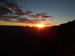 Grand Canyon (1) (christianzink) Tags: usa sun west river coast nationalpark colorado sonnenuntergang grand down roadtrip canyon goes np aussicht amerika gc rundreise staaten westkste vereinigte traumurlaub