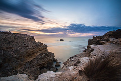 Port Macdonnell, South Australia (AWindowPhotography) Tags: ocean light sunset sea summer cliff seascape beach night evening sand moody australia coastal edge end change sa southaustralia mountgambier catchinglight akwindowphotography