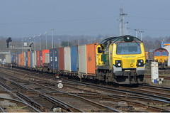 Passing The Yard (pete.callaway) Tags: eastleigh freightliner containertrain 70020 class70 freightlinerpowerhaul