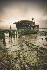 Neglected (Simon Rich Photography) Tags: old canon coast boat moss high mud tide low neglected rope inlet hdr backwaters dilapidated simonrich mrmonts simonrichphotography