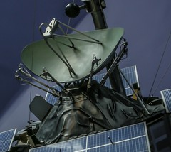 Once in orbit, now confined (nolleone--Nol, like Christmas) Tags: blue green metal losangeles satellite machine nasa outerspace antenna spacemuseum noelleone inorbitatonetime recoveredfromspace