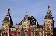 Amsterdam Centraal (Keith Mac Uidhir  (Thanks for 3.5m views)) Tags: holland netherlands amsterdam de nederland lan paysbas pases jos niederlande  hollandia paesi bajos  amesterdo bassi holandia   hollanda baixos amszterdam belanda  blanda nederlnderna  h  msterdam       nizozemsko   walanda     rile