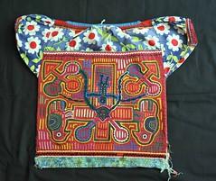Kuna Panama Mola Blouse (Teyacapan) Tags: clothing sewing panama textiles kuna indigenous molas blouses cuna