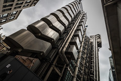 Lloyds Hi-Tech Architecture (andryn2006) Tags: england building london architecture unitedkingdom elevator pipes insurance hitech lloyds limestreet richardrogers