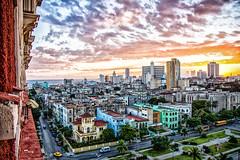 Habana Atardecer (STH photography) Tags: sunset sky green yellow canon de atardecer eos la soleil view purple cuba coucher ciel vida cielo 7d habana efs sunsett cubana 1755 1755mm havane efs1755