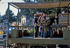 Gonzales Trio, July 1964 (Tom Simpson) Tags: vintage disneyland band disney mariachi 1960s 1964 frontierland vintagedisneyland vintagedisney