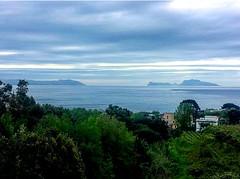 All'alba vincer, vincer, vincer!  (Capri seen from Posillipo - Napoli *Italy) (lisbethsalander <3) Tags: capri alba tramonti posillipo