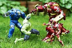 Fight (Alfred Life) Tags: toy ironman igor  man iron hulkbuster mk38  mark38