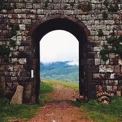 VSCOcam #radicofani #valdorcia #tuscany #toscana #italy... (polaroid android) Tags: italy castle history gate italia tuscany toscana valdorcia radicofani vscocam uploaded:by=flickstagram instagram:photo=712202673552885893264363329 instagram:venuename=fortezzadiradicofani instagram:venue=263834228