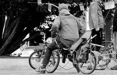 Just one hour in my hometown ! ( 11th run ) - in the pedestrian zone ! (tusuwe.groeber) Tags: street bw white black blanco bike bicycle germany deutschland shot sony negro rad rder sw trike recumbent velo schwarz fahrrad photographing oldenburg fiets fahrrder niedersachsen lowersaxony weis aufnahme recumbentbicycle humanpoweredvehicle strase vlocouch liegerad pedestrianzones vlohorizontal ablichtung fusgngerzone liegedreirad nex7 vlorizontal
