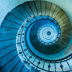 IMG_0361.jpg (arnolamez) Tags: bretagne escalier finistère abstrait eckmühl