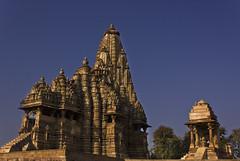 Khajuraho (SUNITPICS) Tags: travel blue sky india architecture rebel kiss culture scene monuments khajuraho madhyapradesh canon1855mm t2i canon550d