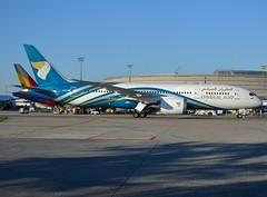 A4O-SB, Boeing 787-8 Dreamliner, Oman Air, CDG/LFPG, 2016-04-18 (alaindurandpatrick) Tags: boeing airports airliners cdg wy 787 jetliners lfpg 788 dreamliner 7878 boeing787 omanair boeing787dreamliner boeing7878 parisroissycdg a4osb 42379372