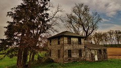 on the road to Clarno.... (BillsExplorations) Tags: road abandoned wisconsin farmhouse outdoor decay farm forgotten abandonedhouse weathered ruraldecay clarno
