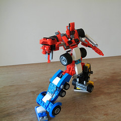 DSCN6338 (alfa145q_lego) Tags: robot lego mecha rebuild alternate 31034 31033 31032 legocreator vehicletransporter redcreatures futureflyers