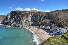 Trevaunance Cove, St Agnes, Cornwall (Baz Richardson) Tags: coast cornwall cliffs cafes coves stagnes sandybeaches trevaunancecove