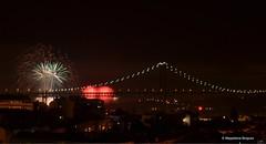 2016 #january #newyearseve #newyear #2016 #firework #lisbon #lisboa #portugal #bridge (Madalena Boigues) Tags: bridge portugal lisboa lisbon january firework newyear newyearseve 2016