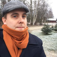 cold #morning. #saintjames #wool #peacoat #kapteenska... (Matti Airaksinen) Tags: morning winter cold wool fashion scarf lifestyle style cashmere peacoat menswear saintjames sartorial menstyle balmuir kapteenska tyyliniekka uploaded:by=flickstagram mnswr stylefellow instagram:photo=1150913584271254710302847616