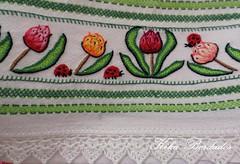 KikaBordados Kika  Krauss 124 (Kika Bordados by Angelica Krauss) Tags: flowers flores frutas fruits branco cores crochet craft bordados bordado croche panosdepratos bordadosfeitomo kikabordadoskikakrauss