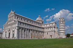 Leaning Tower of Pisa (tounesse) Tags: italy tower architecture italia torre tour cathedral pisa campanile cathdrale duomo toscana toscane italie leaningtowerofpisa cattedrale torrependente pise torredipisa tourdepise cattedraledisantamariaassunta cathdralenotredamedelassomptiondepise